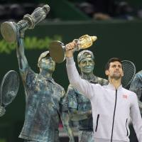 Djokovic gets best of Murray in Qatar Open final
