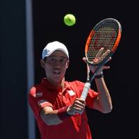 Nishikori overcomes slow start in first round of Australian Open