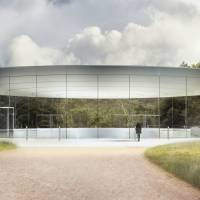 Apple 'spaceship' campus ready for boarding