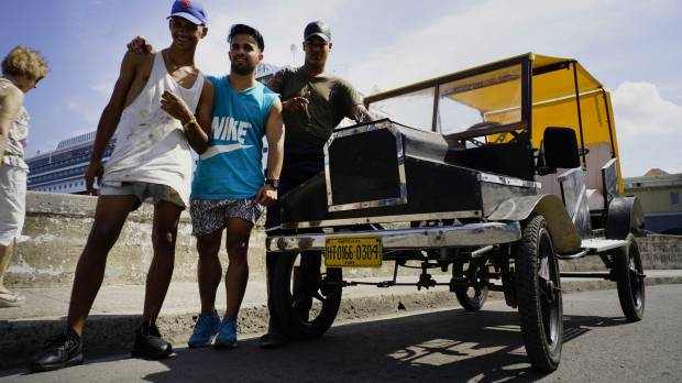 Young Cubans get around, and their kicks in pedal-powered Model T