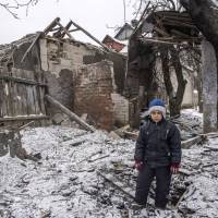 Ukraine appeals for help against Russia as fighting flares