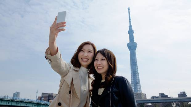 Young Japanese seek out fake friends for social media posts