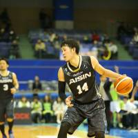 All-Star Kosuke Kanamaru of the SeaHorses is the top scoring Japanese player in the 18-team top division, averaging 17.9 points per game.   B. LEAGUE