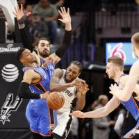 Spurs shut down Westbrook late in victory over Thunder