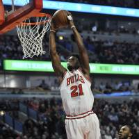 Butler carries Bulls to victory over Celtics