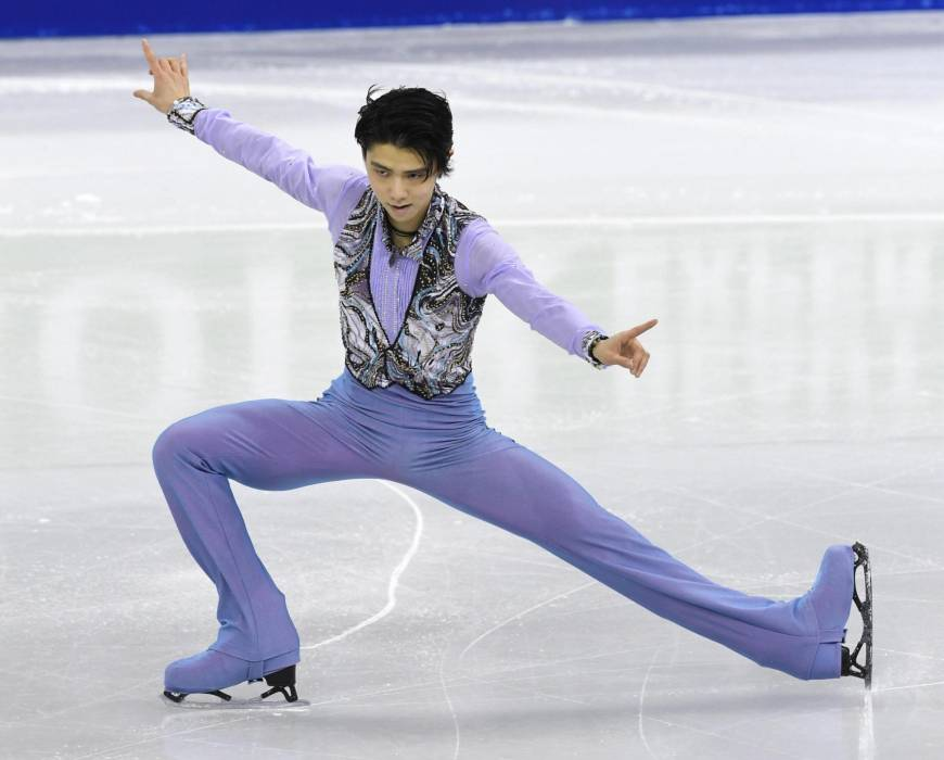 Hanyu takes third in short program at Four Continents