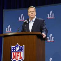 Goodell dodges questions on Raiders, parries on Pats