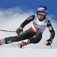 France's Worley regains giant slalom title at worlds