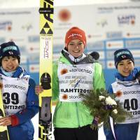 Takanashi comes up short with third-place finish at worlds; Ito claims silver