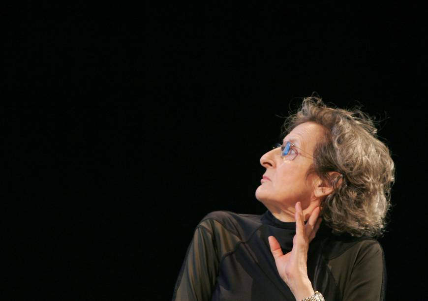 Trisha Brown, dance pioneer, choreographer who defied gravity, dies at 80