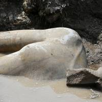 Cairo mud pit yields two pharaoh statues more than 3,000 years old