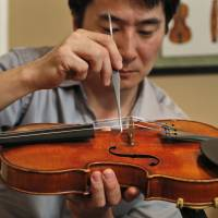 Totenberg's daughters to hear Stradivarius for first time since 1980 theft