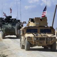 U.S. walks tightrope with latest Syria troop plan