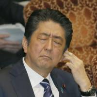 Abe rejects calls for wife to testify in Diet on Moritomo land scandal