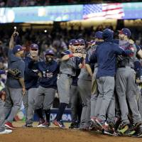 U.S. trounces Puerto Rico to capture first WBC crown