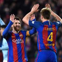 Barca's players hoping for miracle