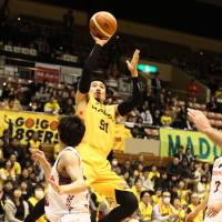 MVP candidate Fazekas ignites Brave Thunders in narrow victory over 89ers