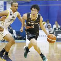 SeaHorses pull away in third quarter in triumph over Sunrockers