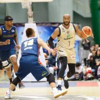 Ryukyu forward Reyshawn Terry has made a strong impact since joining the club in November, averaging 14.5 points and 5.4 rebounds in 29 games. | B. LEAGUE