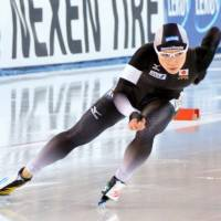 Nao Kodaira competes in the women's 500-meter race at a World Cup speedskating event on Saturday in Stavanger, Norway. | KYODO
