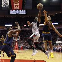 Rockets impress with win over Cavs