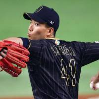 Senga impresses in WBC debut