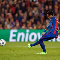 Barcelona delivers stunning performance to reach Champions League quarterfinals