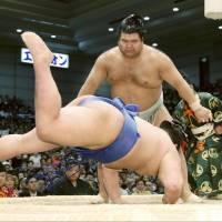 Takayasu stays unbeaten on the fifth day of the Spring Grand Sumo Tournament, defeating Shodai on Thursday at  Edion Arena Osaka. | KYODO