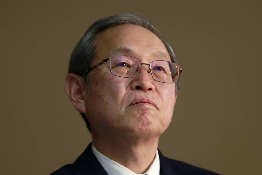 Toshiba sees long odds for Hon Hai's ¥3 trillion chip bid, sources say