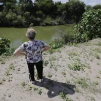 Texas landowners look to fight border wall as some could get stuck on 'Mexican side'