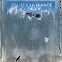 Le Pen's National Front posters absent abroad due to missed delivery deadline