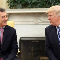Trump gives Argentine President Macri grand welcome at White House