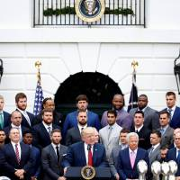 Trump welcomes Patriots, minus Brady, doesn't mention Hernandez suicide