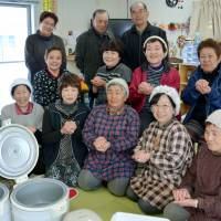 Story of Fukushima evacuee rice balls saving snow-stranded driver to appear in ethics textbook