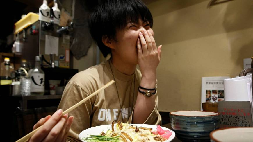 Ramen flavored with insects attracts thrillseekers in Tokyo