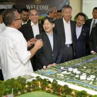 Crown Prince inspects flood control tunnel in Malaysian capital