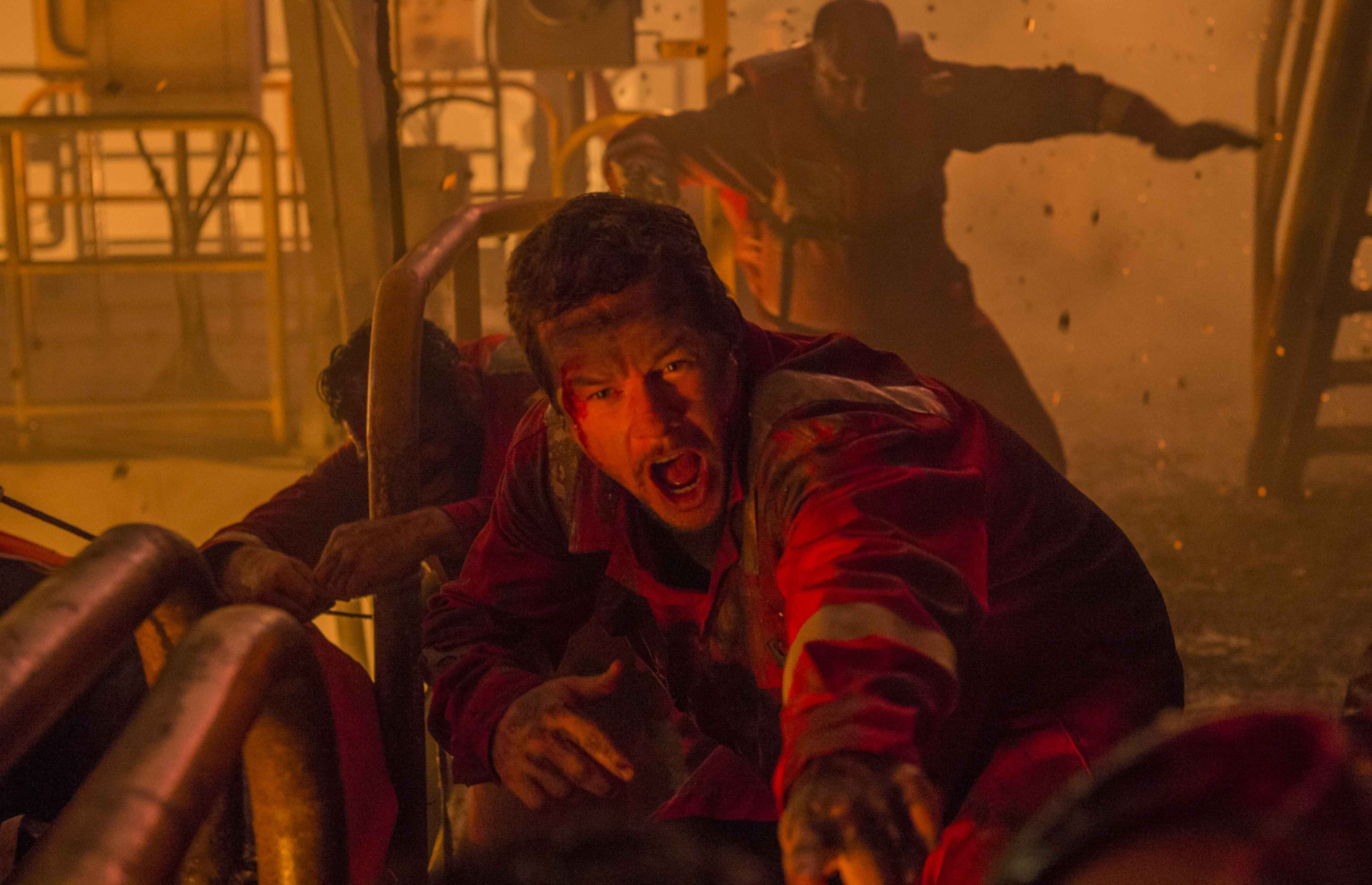 Working-class hero: Mark Wahlberg deals with environmental disaster in 'Deepwater Horizon.' | © 2017 SUMMIT ENTERTAINMENT, LLC. ALL RIGHTS RESERVED