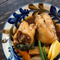 Pig's trotters reflect Okinawans' love of pork, a taste acquired from China.   STEPHEN MANSFIELD