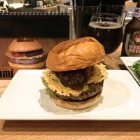 Stacked with taste: The Umami Burger packs flavor, but at a price. | ROBBIE SWINNERTON