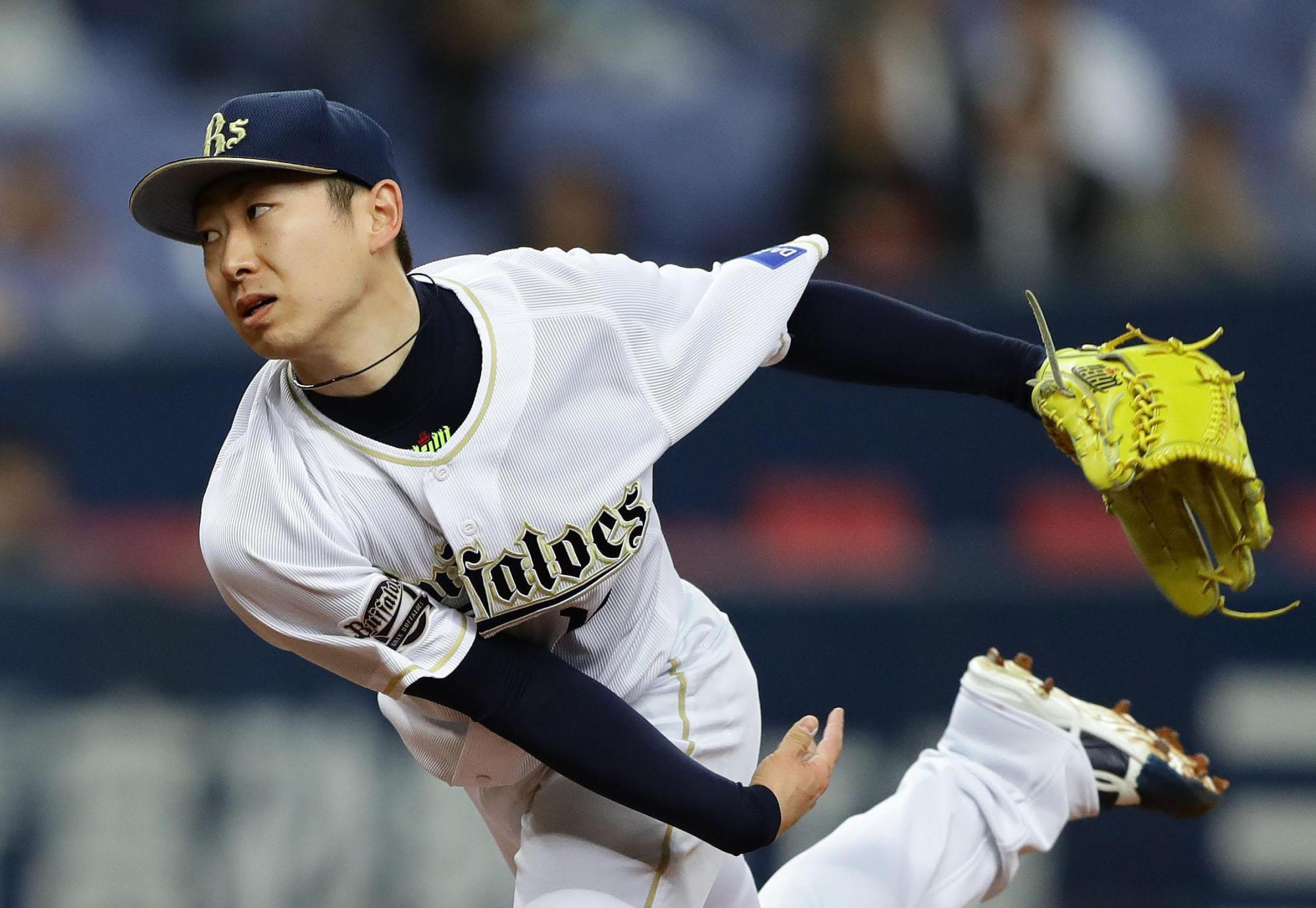 Buffaloes starter Chihiro Kaneko delivers a pitch during Orix's win over the Lions on Wednesday. | KYODO
