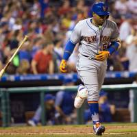 Cespedes hits three homers as Mets rout Phillies