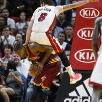 Heat remain in hunt for playoffs