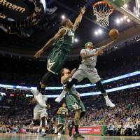 Celtics conquer Bucks, claim top seed in Eastern Conference