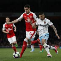 Calls for Wenger's dismissal continue to grow louder