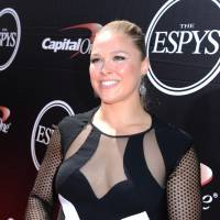 Ex-UFC  champ Rousey announces engagement to MMA fighter Travis Browne