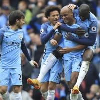 Manchester City cruises by hapless Crystal Palace
