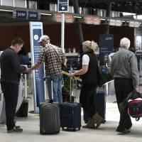 Canada adopts passenger bill of rights so no one is yanked off overbooked flight