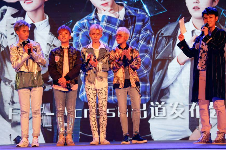 China's all-girl pop band crushes hopes of besotted female fans