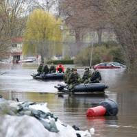 Over 2,000 flee as Saint Lawrence, other rivers burst banks in Quebec
