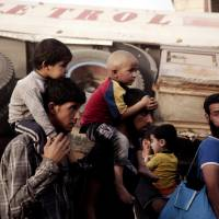 'Stark choices' for 450,000 civilians trapped amid fighting in Mosul's Old Town: ICRC